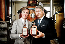Copperhead Gin: Yvan Vindevogel (links) en Bernard Filliers (rechts), Emy Elleboog